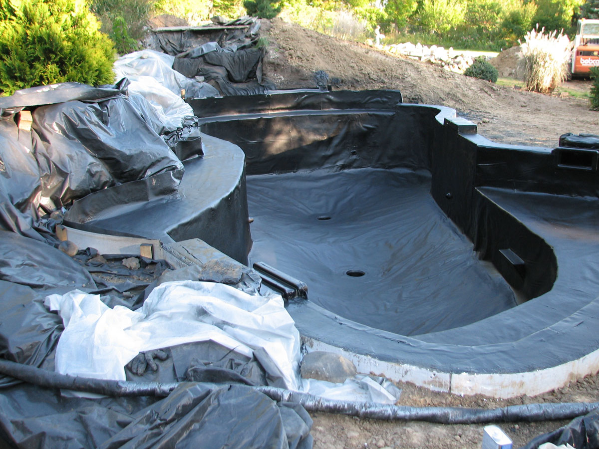 Lining systems aqua system for Koi pool water